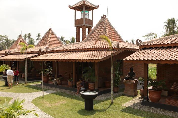 Rumah Dharma - Borobudur