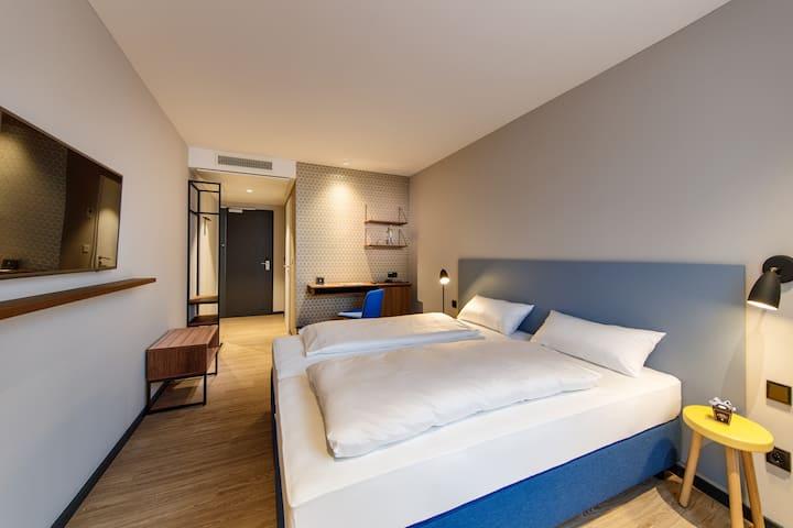 Komfortables Zimmer in Göppingen (Arthotel ANA)