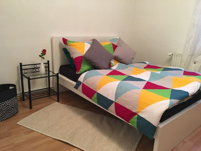 Cosy & central! 4min to city, fair, centr. station - Hannover - Appartement