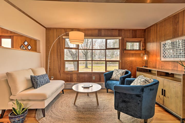 Mid-Century Hudson Valley Home: Firepit, 2.5 Acres