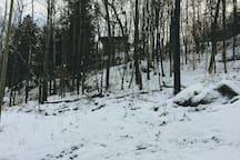 House up on Radar Road