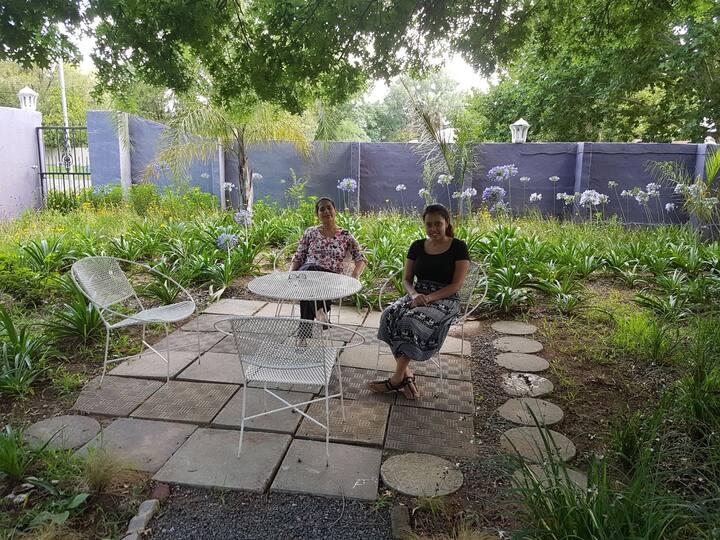 Lilac Lodge nr 6