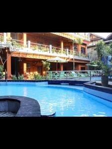 Lumbung Sari Beach Inn - Badung Regency