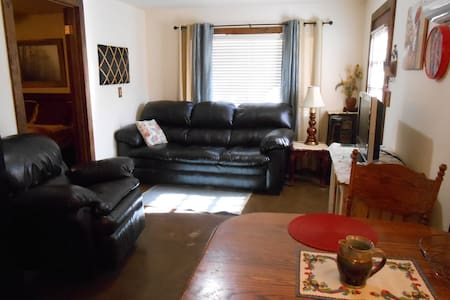 Clean Quaint quiet 1 bedrm Apt. nicely furnished - Yuma - Pis