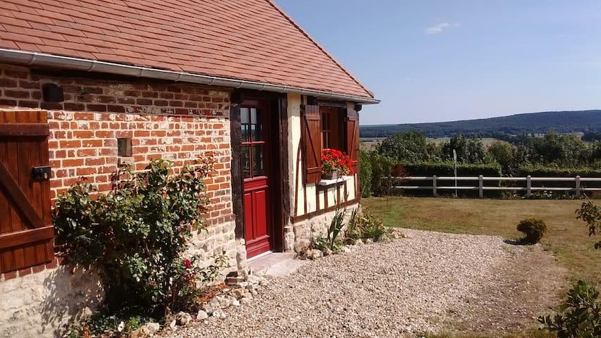 Jolie normande de charme avec vue - Norville - Haus