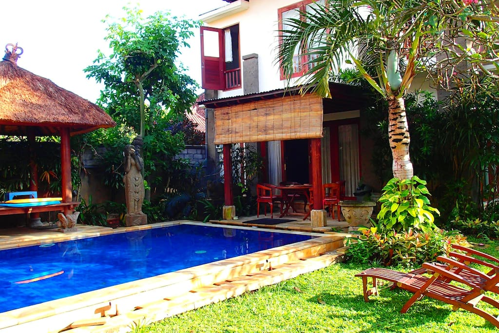 Cosy Villa with pool, pergola and bale
