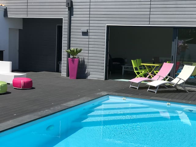 Logement indépendant avec piscine