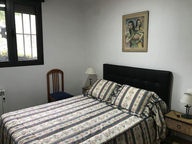 Habitación cama doble 2