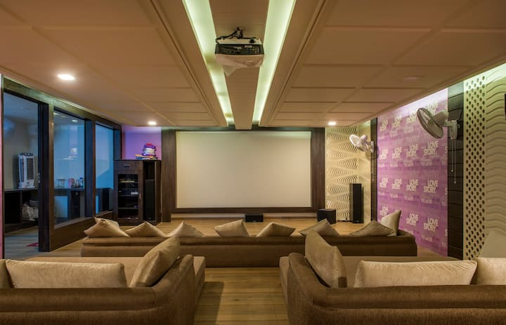 Krishan Kunj vacation home - Independent Luxurious
