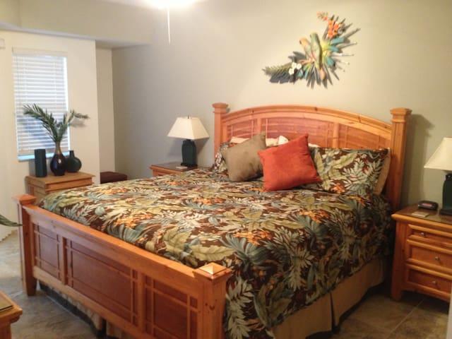 Ocean Walk - New Smyrna Beach - Condominio