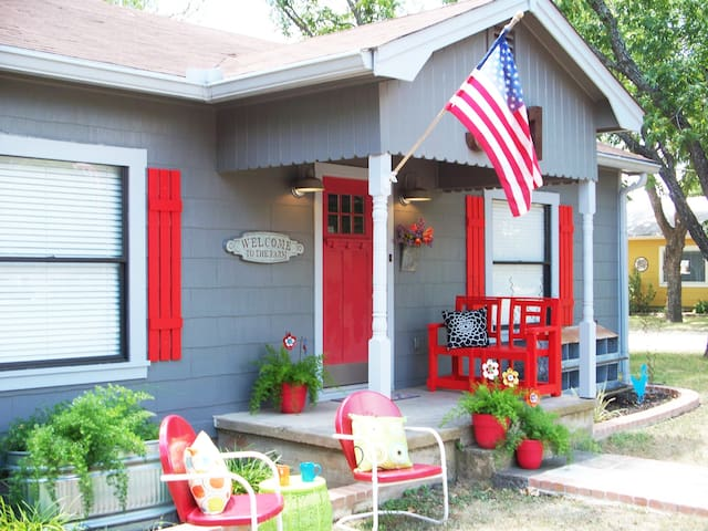 This happy eclectic farmhouse welcomes you!