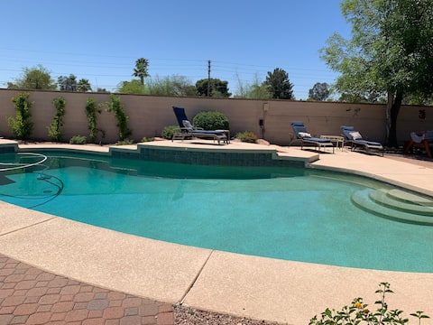 Scottsdale Oasis with Pool