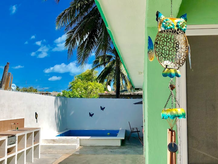 Charming House in Downtown close to the Beach