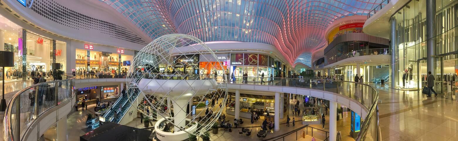 ENTIRE 3bd LUSH VIEW BIG CHADSTONE Mall 20 min CBD