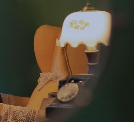 一舍旧言| 清远首家复古情怀的摄影民宿/电影感民宿/港风/顺盈时代广场/温泉/商拍/约拍/租场