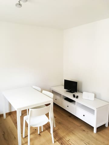 Modern 3 Zimmer Wohnung in Stuttgart