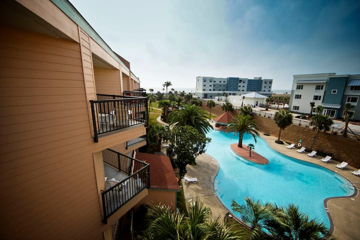 Ocean View Resort, 2 balconies, Stylish & Comfy! - Galveston - Συγκρότημα κατοικιών