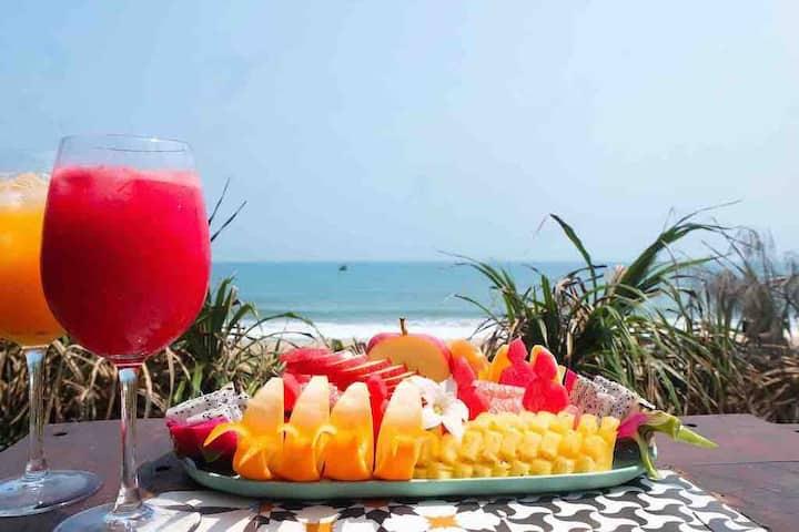 Beachfront Villa Hoian 3 BR. Paradise vacation!!!