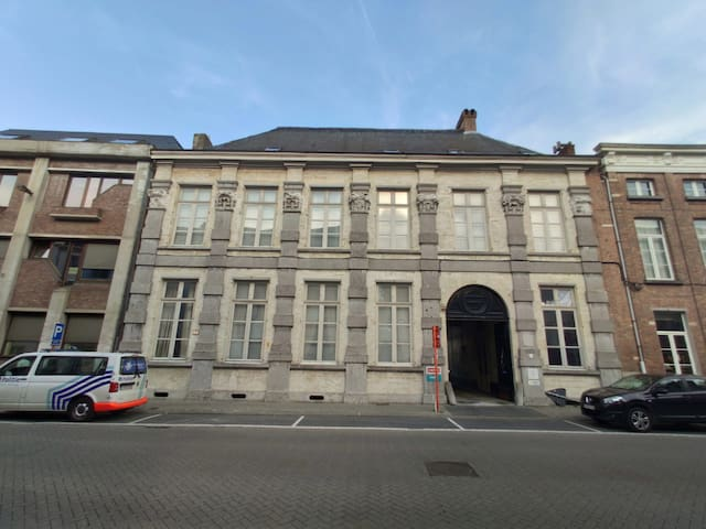 palace in Mechelen