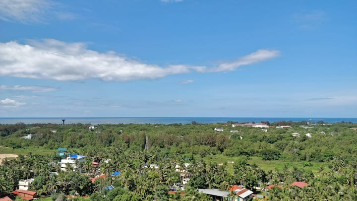 ★ Airy Getaway with Sea View ★ Domain @ Technopark