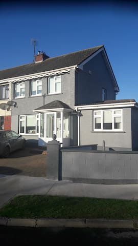Accommodation is close to Dublin airport