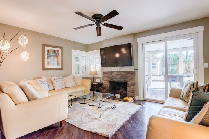 K Remodeled Chic Home 5 min from Strip & Downtown