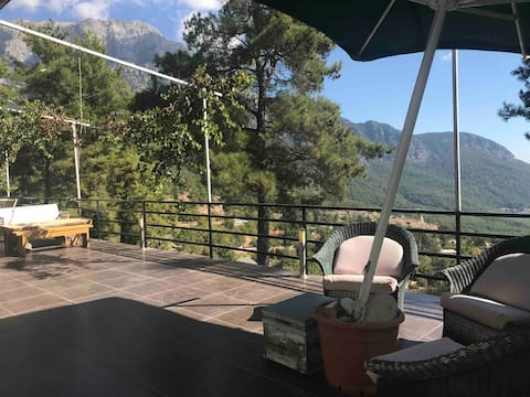 3 bedroom house with amazing view and terrace