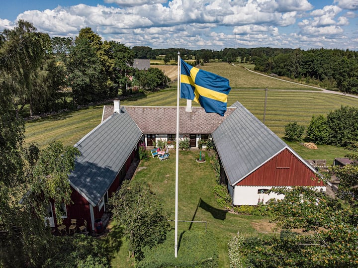 Countryside living in your own private farm house