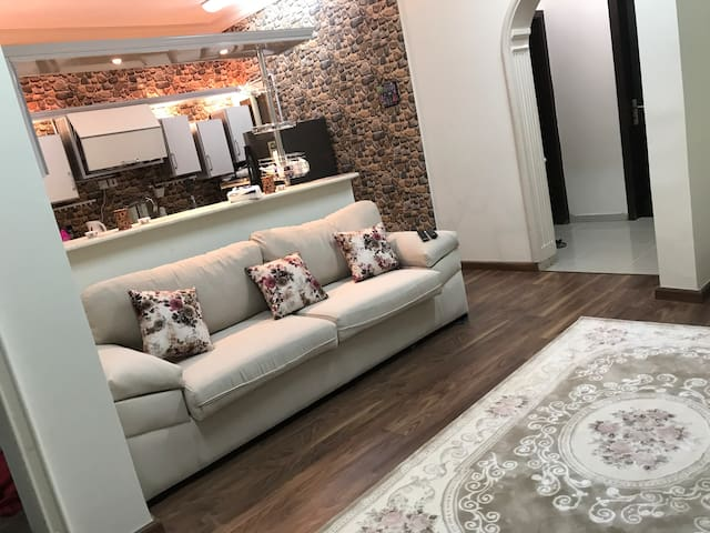 New and clean apt in Mecca, Saudi for Hajj
