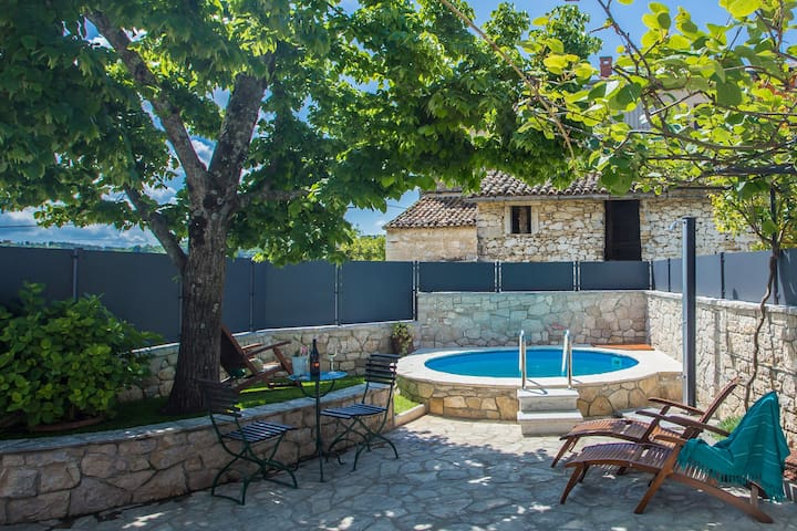 Nice Casa Bombic in Central Istria