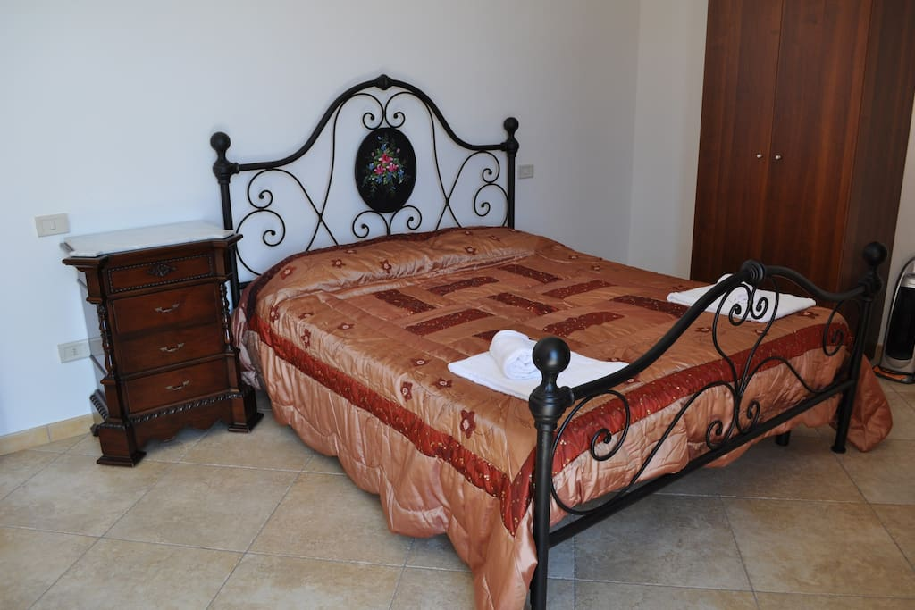 master bed room tipically sicily