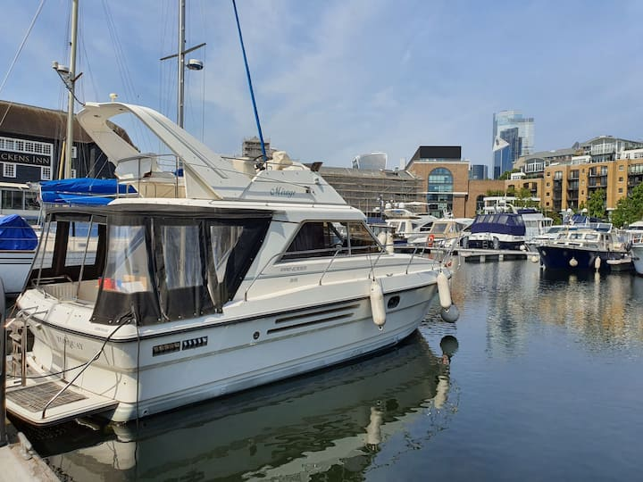 Located in the stunning St.Katherines Dock.