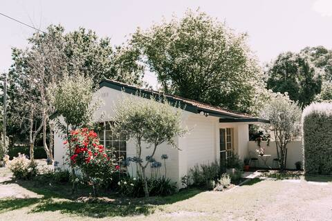 Coppins Cottage - Your Southern Highlands Stay