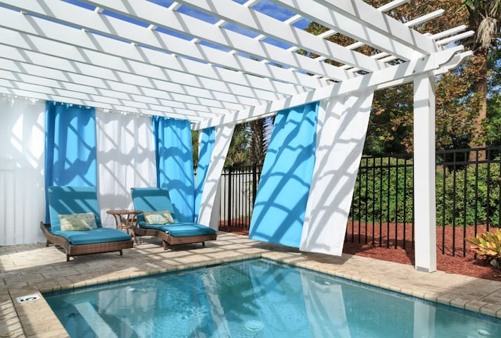 Saltwater Suite with Private Pool at Vilano Beach