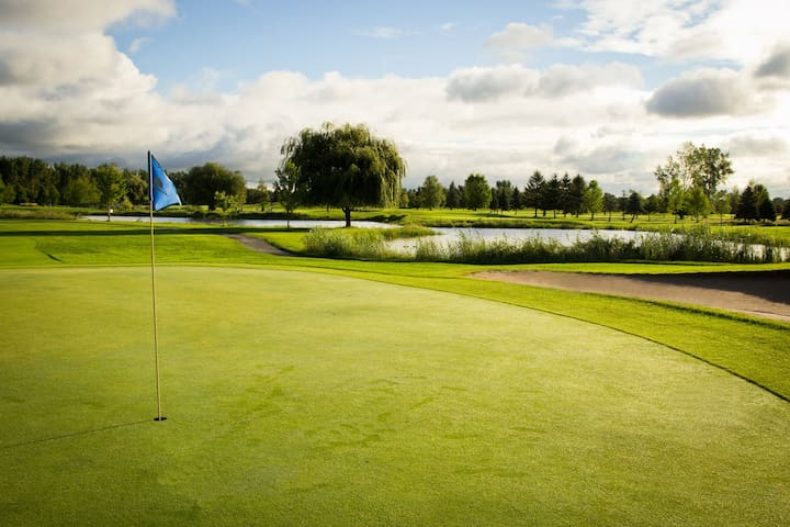 Luxury Golf Retreat - Sainte-Adèle - Lejlighed