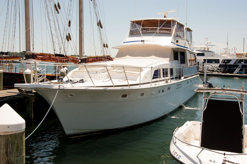 The Ocean Romance Yacht