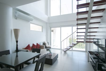 2BR Penthouse Station 1 White Beach - Malay - Loft