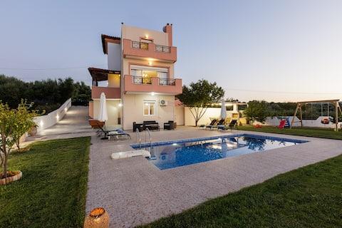 Villa Marina - Living in Cretan countryside!