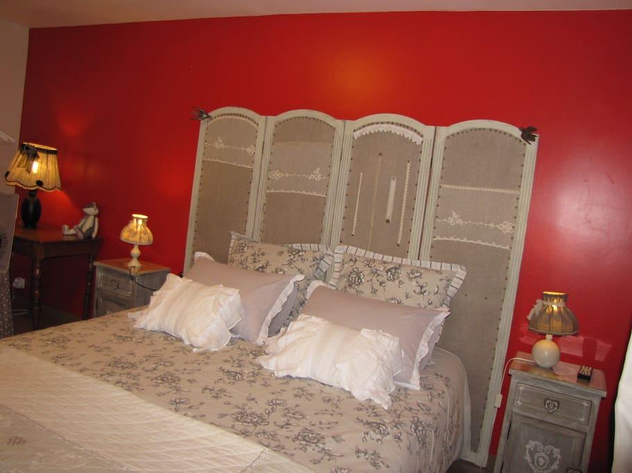 l 39 ecurie chambre de charme hirondelle chambres d 39 h tes louer la pommeraye normandie france. Black Bedroom Furniture Sets. Home Design Ideas