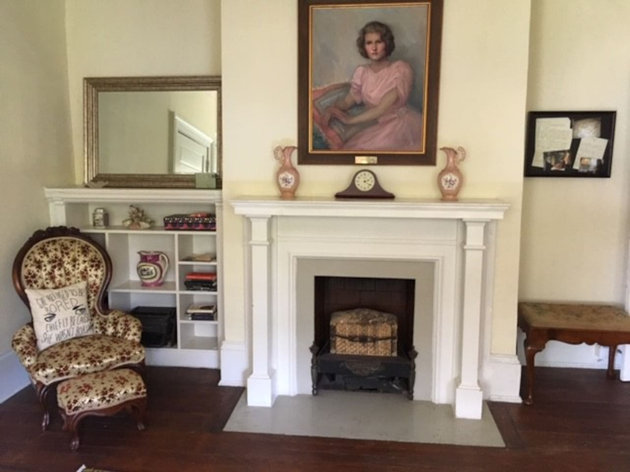 Cozy up with your favorite Fitzgerald classic in this charming Old Cloverdale apartment.