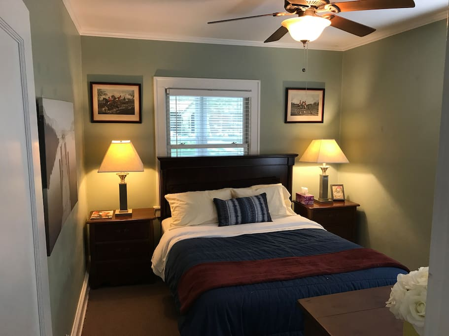 Spacious room with Queen bed on the main floor.
