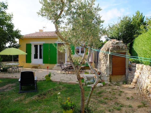 Maison au coeur du Luberon... - Roussillon - Huis