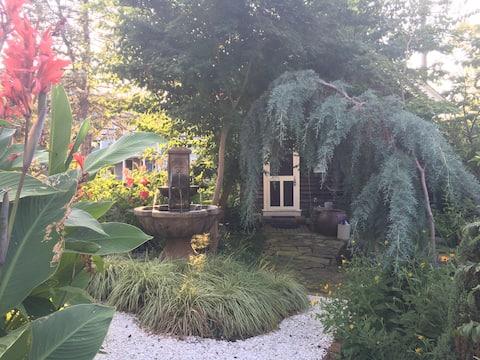 Charming, Historic Lewes Cottage