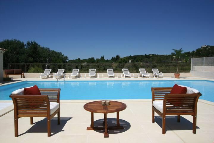Appartement+Mezzanine | Piscine, parking + Provence !