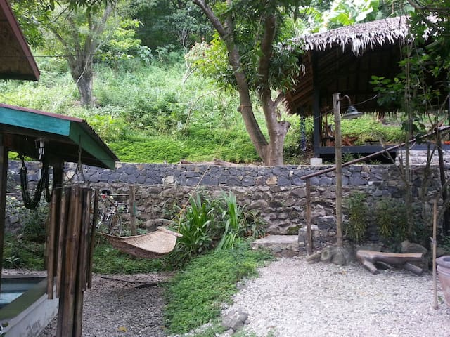 BBQ area and walkway from house up to our Chillout Pavillion