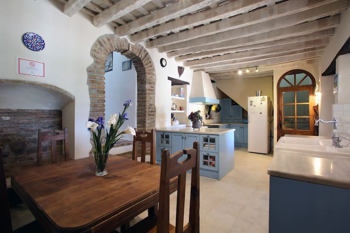 Beautiful spacious Village house. - Jimena de la Frontera - Casa