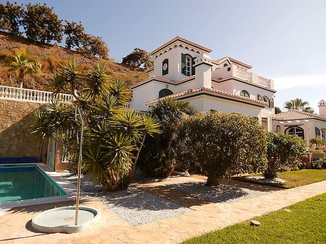 Monte Alegre Gartenapartment - Torrox - House