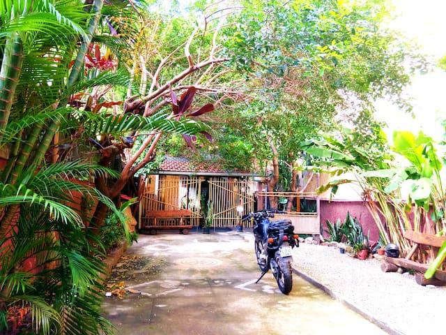 House in the garden - Rio de Janeiro - Huis