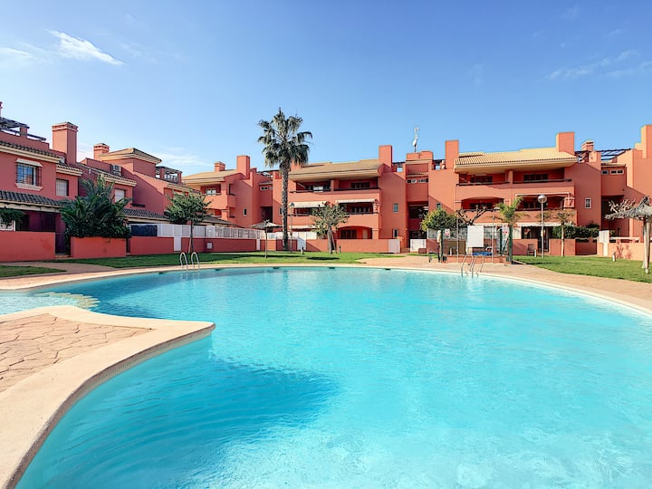 large apartment, roof terrace, communal pool