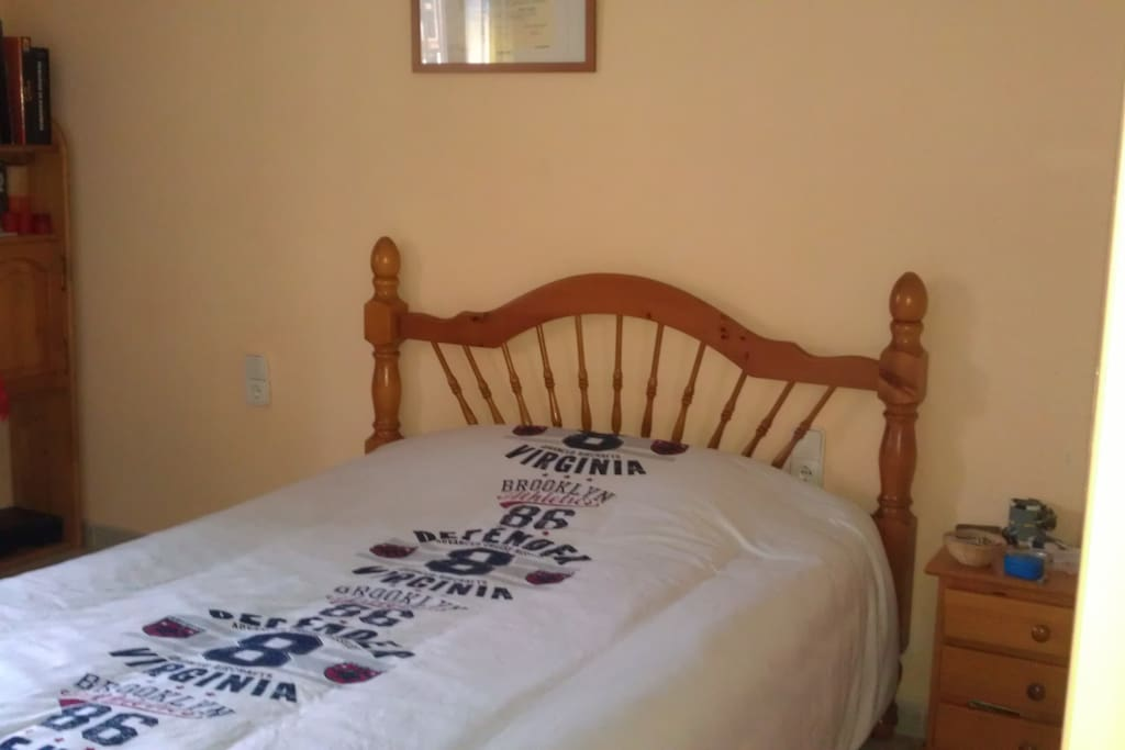 1 Habitación  con cama de matrimonio /Chambre a couché double